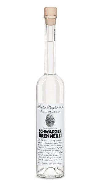 Schwarzer Tiroler Pregler aus Äpfeln, Birnen und Zwetschgen